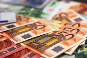 money-1005477_1920
